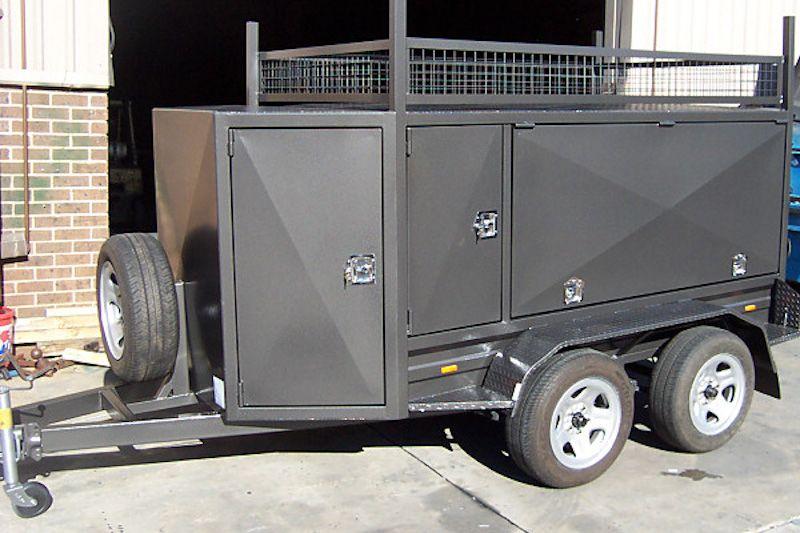 CL066 Square Tradesman With Compressor Box Large