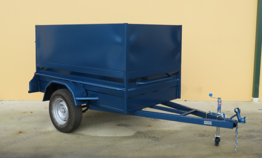 High Side Box Trailer With Sheet Metal Cage