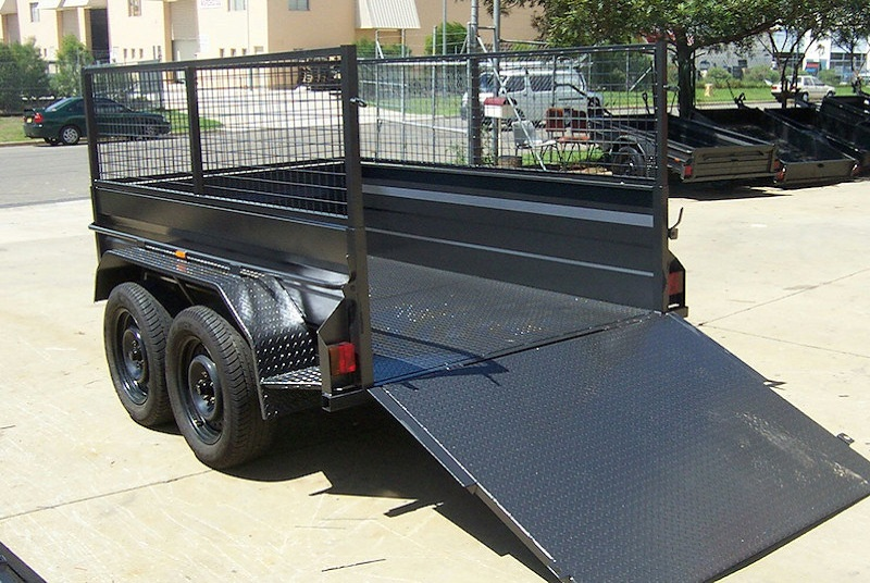 Tandem Trailer With Cage & Ramp Tail Guard